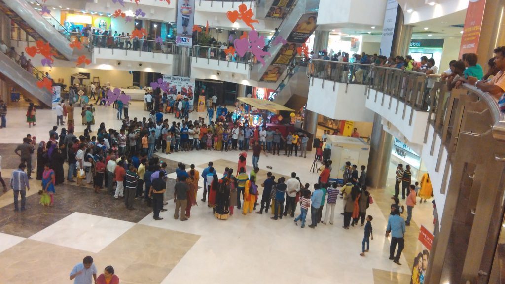 Crowd Pulling Activities by Chennai Event Emcees Nandhini and Thamizharasan